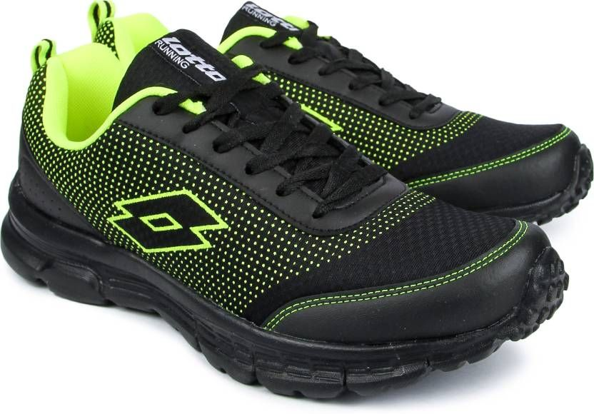 Lotto Running Shoes For Men (Black) at Flat 60% off + Free Shipping