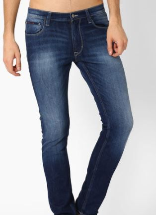 Lee Jeans 70% Off From Just Rs. 1140