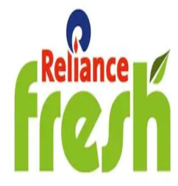 Flat Rs.100 Cashback when you pay using Paytm at Reliance Fresh