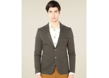 Van Heusen Grey Full Sleeves Cotton Blazer At Rs.3063