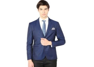 Van Heusen Dark Blue Notched Lapel Blazer At Rs.3553