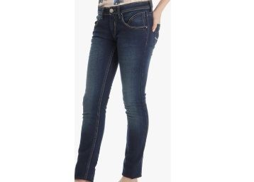 Pepe Jeans Blue Slim Fit Jeans At Rs.779