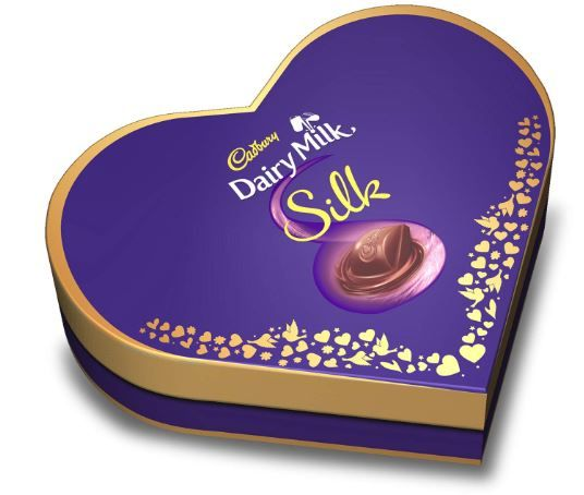 Cadbury Dairy Milk Silk Heart Shaped Valentine Gift Pack (2 x Silk 60g + 2 x Silk Bubbly 50g), 220 g on 53% Off