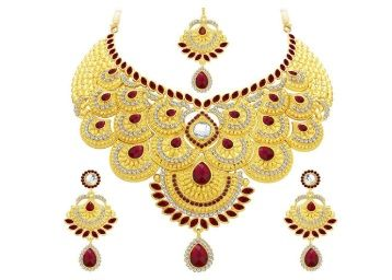 Flat 72% off on Sukkhi Collection Jewellery Sets for Women (Golden)