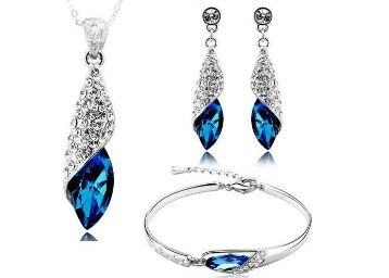 Flat 90% off on Gift By Shining Diva Italian Designer Non Precious Metal Jewellery Set for Women