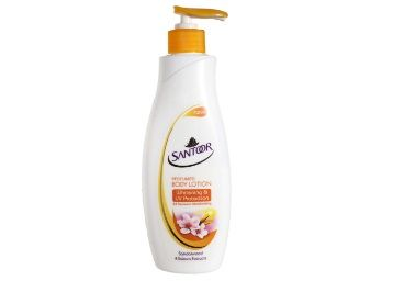 Flat 50% off on Santoor Body Lotion Whitening And UV Protection, 250ml (Pack Of 2)