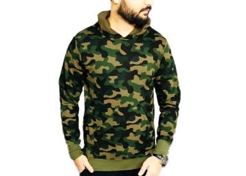 Flat 83% off on Veirdo Camoflague Winter Hoodie for Men at Rs.279 + Free Shipping