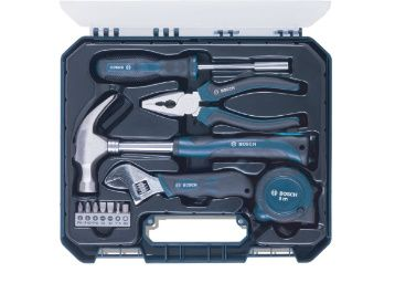 Flat 56% off on Bosch Hand Tool Kit (Blue, 12 Pieces) at Rs. 1093