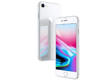 Flat 50% off on Apple iPhone 8 (Silver, 256GB) at Rs. 40999