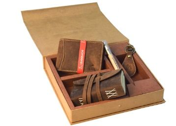 Flat 60% off on Leaderachi Genuine Hunter Leather Combo (Wellet ,Dairy,Keyring,pen ) Set at Rs. 1197