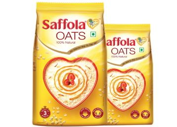 Saffola Oats, 1 kg with Free Saffola Oats 400 gm at Rs. 117