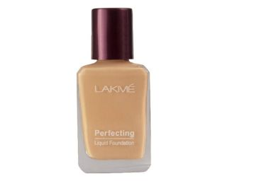 Lakme Perfecting Liquid Foundation, Pearl, 27ml
