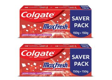 Colgate MaxFresh Toothpaste, Red Gel Paste with Menthol for Super Fresh Breath, 300g, 150g X 2
