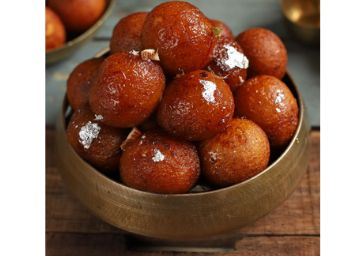 Festive Sale : Gulab Jamuns (Pack Of 10) At Rs. 8.5 Per Pc + Zero Delivery Charges !!