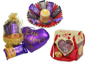 Valentine Gifting : Chocolate Packs & Boxes low price