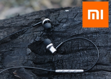 First Time Ever:- Mi In-Ear Headphones Pro HD at FLAT Rs. 200 OFF