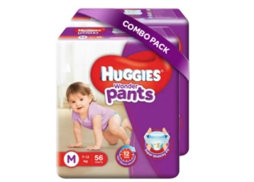 Huggies Wonder Pants Medium Size Diapers 45% Off + 15% Cashback discount deal