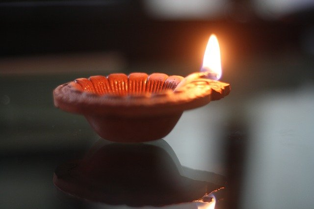 Top 10 Diwali Coupons for Gifts, Travel and More