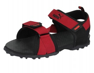 bf1af070acd Puma Men Black Snipper II Sandals worth Rs.1299 at Rs.708   Myntra at  FreeKaaMaal.com