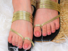 Mini Loot - Premium Women Footwear Starts At Just Rs.43