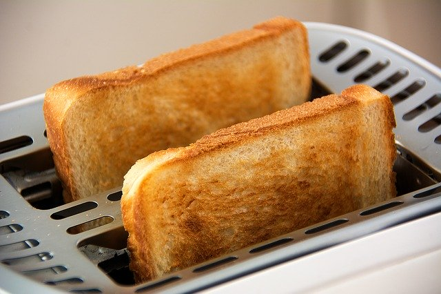 best-offers-on-toasters--sandwich-makers-in-amazon-sale